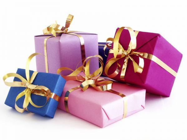 Книги Близнецам, белье — Девам: как подобрать подарки для каждого знака зодиака