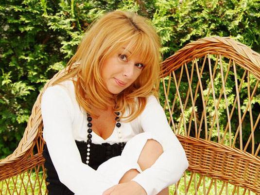 Алена Апина стала преподавателем музыки