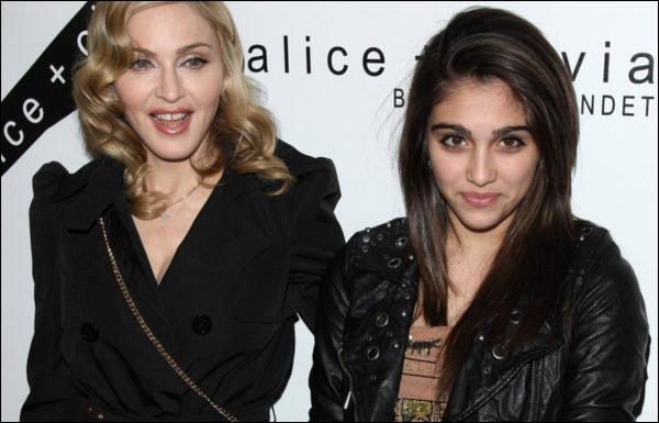 Дочь Мадонны поступила в университет