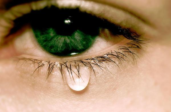 Заговор от слезящихся глаз