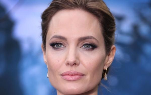 Российские СМИ чаще всего пишут об Анджелине Джоли